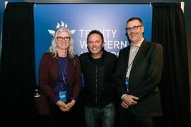 Chris Tomlin with TWU personnel