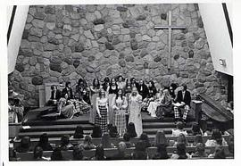 Mixed ensemble singing in the chapel
