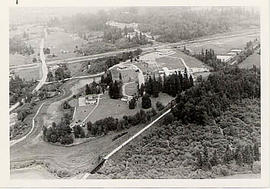 Aerial photograph of campus during the construction of Mattson Centre