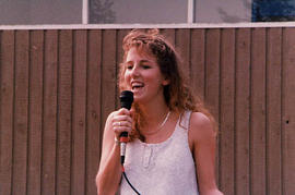 Student singing during O-Week