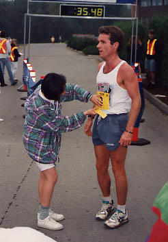 TWU 10K Fun Run organizer removing number from entrant