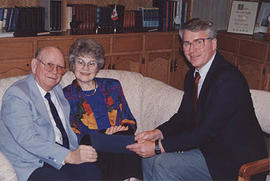 Dave and Eileen Enarson with Ron Paulson
